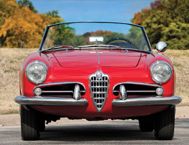 Alfa Romeo Giulietta Spider for rent, find out more