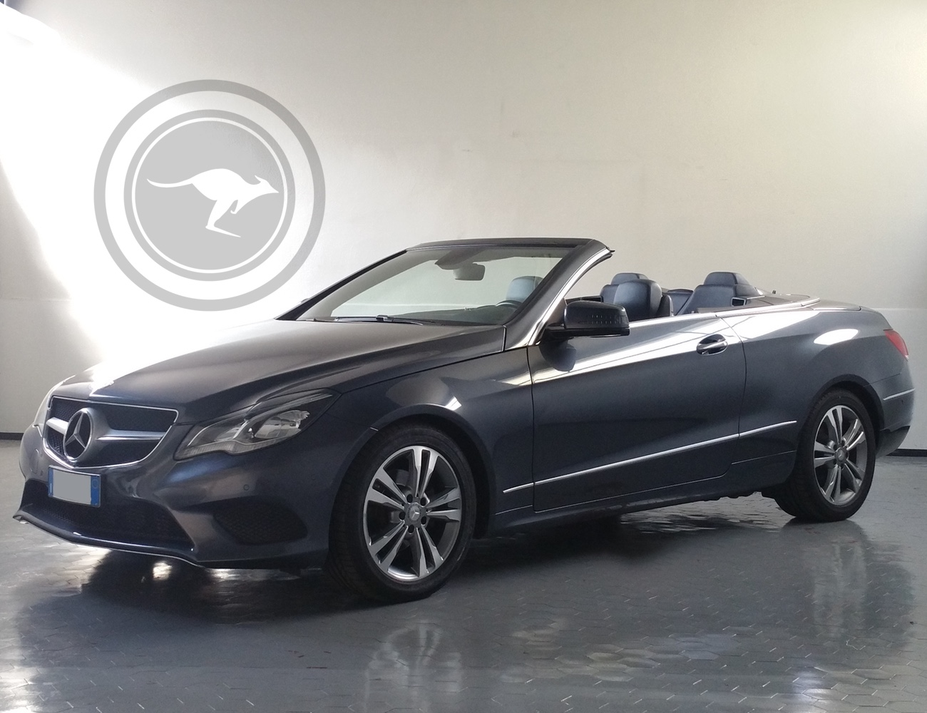Mercedes-Benz E Class Cabrio Sportline for rent, find out