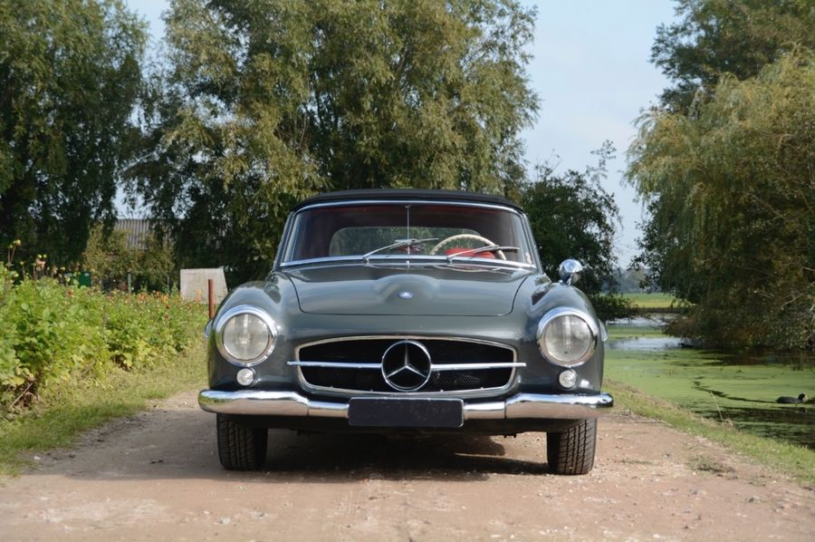 Rent Mercedes Benz 190 Sl In Italy Or French Riviera