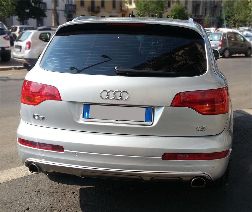 Rent Audi Q7 7 Seats